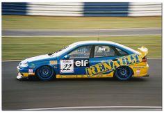 Will Hoy. Renault Laguna Touring Car. BTCC Silverstone 1995.