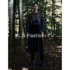 #vogue #germany Aug 2015 by #giampaolosgura . More #photos  coming soon on  #elsfashiontv  @elsfashiontv  #me #photooftheday #instafashion #instacelebrity  #instaphoto #newyork #london #tokyo #milan  #glamour #fashionista #style #manhattan #voguemagazine