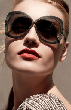 Tom Ford Margot Oversized Sunglasses available at Eye Class Optometry in Calgary, Alberta.