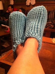 Crocheting: Adult Chunky Slippers, FREE PATTERN