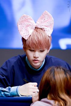 I bet Jin gave him that bow