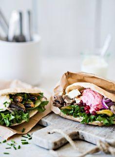 Poropita   K-Ruoka  #leipä Sandwiches, Tacos, Mexican, Ethnic Recipes, Kitchen, Food, Cooking, Kitchens, Essen