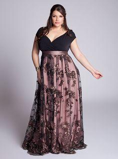IGIGI Plus Size Naomi Gown - Look at the gorgeous skirt on this dress!!!