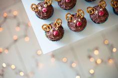 Maren Viks !!! Reindeer Cupcakes, Mini Cupcakes, Treats, Candy, Photo Ideas, Christmas, Food, Instagram, Blogging