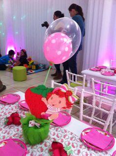 centro de mesas niños cumpleaño de frutillita bebe