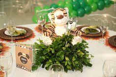 Festa infantil: decoração com plantas no centro de mesa - Foto: Alessandra…