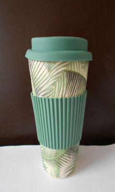 Úrad verejného zdravotníctva varuje pred nevyhovujúcim hrnčekom | Info.sk Travel Mug, Mugs, Tableware, Bamboo, Dinnerware, Mug, Dishes, Cups, Porcelain Ceramics
