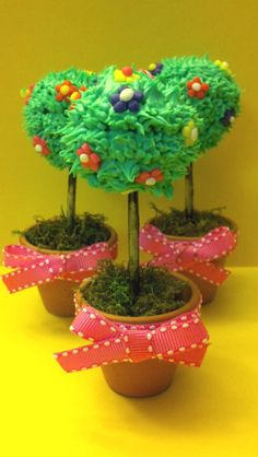 Flower Pot Plant cake pops
