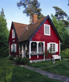 "16k Likes, 259 Comments - #TinyHouseMovement (@tinyhousemovement) on Instagram: ""Little red cottage #tinyhousemovement"""