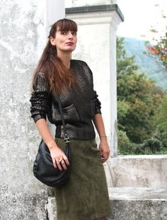 GOLDEN KNIT di fashionamy su STYLIGHT  #military #goldenblack #dark #black #knitwear #longuette #fashionblogger #outfit #style @stylight