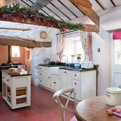 Welsh farmhouse  http://www.housetohome.co.uk/house-tour/picture/step-inside-this-historic-welsh-farmhouse/4