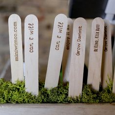 Laser engraved custom set of 10 eco-friendly garden markers, gardening popsicle sticker labels Personalized Couple Gifts, Personalized Housewarming Gifts, Mini Laser Engraver, Custom Wedding Gifts, Garden Markers, Custom Coasters, Packing Tips For Travel, Love Design, Laser Engraving
