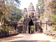 Angkor Wat. See the slide show at http://tobaiu.com/asien/kambodscha.htm