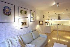 Biała cegła na ścianie. Mur w wersji light Interior Design Living Room, Gallery Wall, Bathtub, Home Decor, Kitchen Ideas, Decor Ideas, Decorating, Wall, Bath Tube