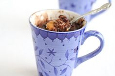 sweet, chocolate caramel mug cake, food blogs, single serving desserts, dorm recipes