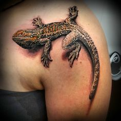 komodo dragon lizard tattoos best tattoo designs pinterest lizard tattoo tattoo and. Black Bedroom Furniture Sets. Home Design Ideas