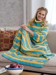 ♥x♥ FREE PATTERN ♥x♥ THIS IS EXACTLY WHAT I NEED WHILE I WAIT FOR THE FIRE TO WARM UP THE HOUSE. ;)