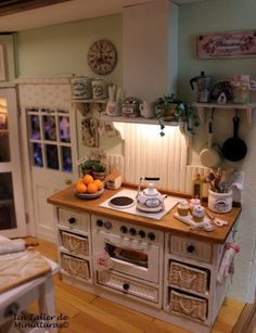 Un Taller de Miniaturas: Otra calida cocina/Another cozy kitchen -Part 3-