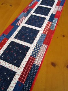 Quilted Table Runner Fireworks