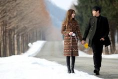 """""""I Miss You"""" Episode 18 Review: JYJ's Park Yoo Chun and Yoon Eun Hye have a date on a snowy field pinned with Pinvolve"""