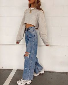 Aesthetic Fashion, Aesthetic Clothes, Look Fashion, 90s Fashion, Fashion Outfits, Urban Aesthetic, Fashion Beauty, Summer Aesthetic, Aesthetic Outfit