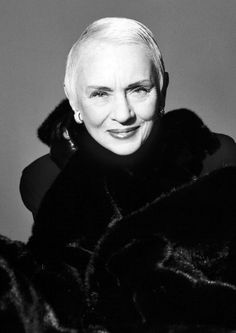 Jessica Tandy in her 80's and still gorgeous