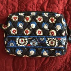 Vera Bradley cosmetic case Owl Patterned Vera Bradley cosmetic case. This is used, but in good condition. No stains on outside, no rips on lining inside Vera Bradley Other
