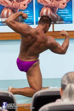 Chen Kong Wen (陳孔文 aka Aven Chen, Taiwanese Bodybuilder)