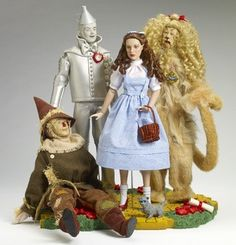 """Fao Schwarz Unveils """"A Fashionable Collection Of Tonner Dolls"""" for Fashion Week; Tonner to Visit Store Wizard Of Oz Dolls, Wizard Of Oz Movie, Wizard Of Oz 1939, Barbie Et Ken, Barbie Dolls, Ooak Dolls, Judy Garland, Dorothy Gale, Broadway"""