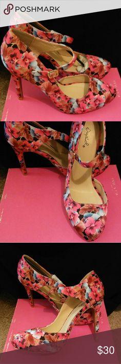 Heels 👠 Floral heels Qupid Shoes Heels