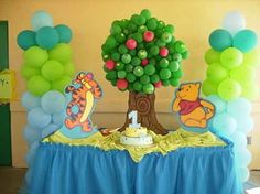 Balloon tree center piece - Winnie the Pooh party