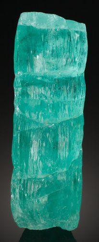 Minerals:Cabinet Specimens, AQUAMARINE. Guaratinga (Jaquetô), Bahia, Brazil. Overall measurements: 7 x 2.25 x 2.25 inches (17.8 x 5.7 x 5.7 cm).Sold for: $35,000.00