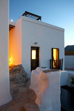 Eclectic traditional greek house in Skyros (design by George Carabellas)