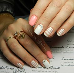Beautiful delicate nails, Charming nails, December nails, Gentle gel polish for manicure, Gentle winter nails, Nail art stripes, Nails with lines, Nails with rhinestones