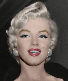 marilyn monroe in colours – CELEBS Marilyn Monroe Stil, Estilo Marilyn Monroe, Marilyn Monroe Artwork, Marilyn Monroe Makeup, Norma Jean Marilyn Monroe, Mae West, Norma Jeane, Celebs, Celebrities