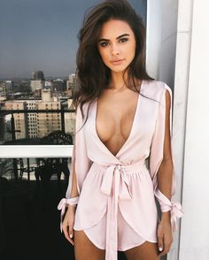 Pretty in pink  TM babe @sophiamiacova wears #TigerMistExclusive Buy now pay later with our new AFTERPAY option. / @tigermistloves (Best Blush For Brunettes)