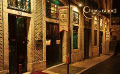 Clube de Fado - Rua S. Joao da Praca, Lisbon, Portugal (via Club-de-Fado.com)
