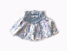 25% OFF STOREWIDE vintage 1980s skirt // children girl // denim // floral print // acid wash // jean // bow // size 8