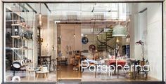 Ανάμεσα σε δύο πλατείες, της Καρύτση και της Κλαυθμώνος, ένας νέος χώρος ξεκίνησε την λειτουργία του: τα Paraphernalia με ευφάνταστα αντικείμενα απ' όλο τον κόσμο. #elcblog #storiesfromthesea #blogpost #blog #paraphernaliagr #objects #photography #culture