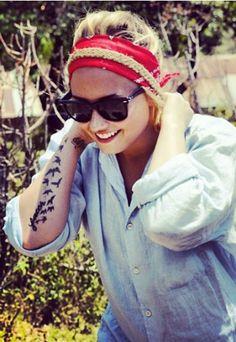 Tatuagens de Demi Lovato - Tatuagem dos famosos: descubra as tattoos das celebridades!