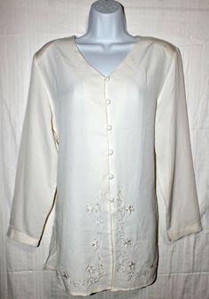 Ilyssa Maxx Ivory Long Sleeve Women's  Top Blouse Shirt Size 10 #IlyssaMaxx #ButtonDownShirt #Career