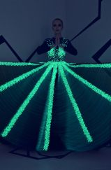 Met Gala Spotlight on Rami Kadi Couture That Caught the Tech Bug E Textiles, Smart Textiles, High Fashion, Fashion Show, Fashion Design, Nintendo Princess, Design Textile, Couture 2015, Inspiration Mode