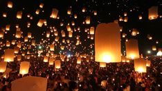 Ad: Many Sky Fire Lanterns Floating Up To The Sky In Yee Peng Lanna International Festival Travel Destinations Of Chiang Mai, Thailand (tilt up) Floating Lantern Festival, Floating Lanterns, Floating Lights, Sky Lanterns, Diwali Greetings, Diwali Wishes, Beautiful Nature Scenes, Beautiful Nature Wallpaper, Sky Gif