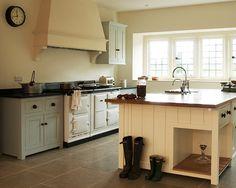 The Osgathorpe Classic English Kitchen by deVOL