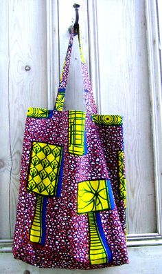 SALE African wax print tote shopper by BettyBuckinghamshire African Inspired Fashion, African Print Fashion, African Accessories, Fashion Accessories, Sacs Tote Bags, Mode Wax, African Crafts, Creation Couture, African Design