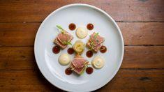 Photo of tuna and rice cakes by Rodrigo Tibyrica.