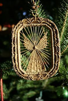 Pine needle ornament by heet_myser, via Flickr---Just a picture but I thought it was beautiful.