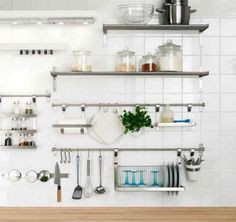 Incredible Kitchen Wall Shelves Design You Have To See Whether wall-hanging or free-standing, this large kitchen rack solution really makes a statement. Let your kitchen sparkle with this amazing Metal Kitchen Shelves, Stainless Steel Kitchen Shelves, Kitchen Shelf Design, Wall Shelves Design, New Kitchen Cabinets, Interior Design Kitchen, Diy Kitchen, Home Design, Kitchen Decor