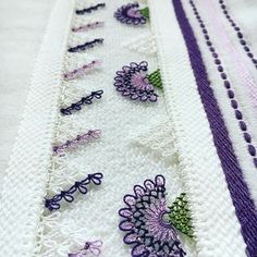 Needle lace towel edge models 2018 Needle lace lovers are nice to find beautiful and various needle Love Decorations, Knit Shoes, Viking Tattoo Design, Sunflower Tattoo Design, Needle Lace, Homemade Beauty Products, Knitted Shawls, Baby Knitting Patterns, Knitting Socks