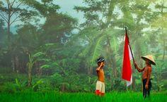 Tanah Airku  Angin berdesir di pantai...  Burung berkicau dengan merdu..  Embun pagi membasahi Rumput-rumput...  Itulah tanah airku...  Sawah yang menghijau...  Gunungnya tinggi menjulang...  Rakyat aman dan makmur...  Indonesiaku...  Tanah tumpah darahku...   #Alam #Keindahan Alam #Kemerdekaan #Nasionalisme